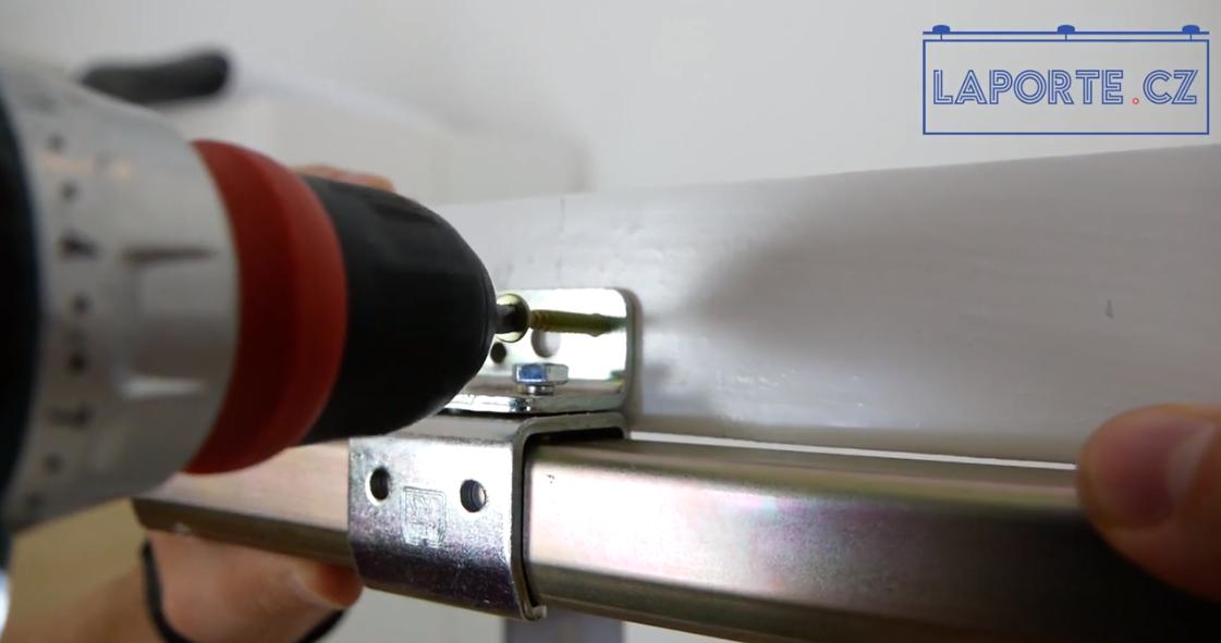 Video: montáž kování pro posuvné dveře